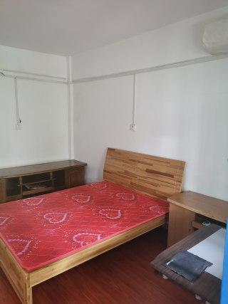 五一路兴盛社区3楼带家具家电好房便宜出租