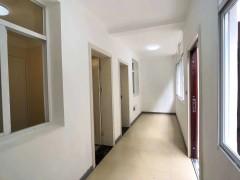沙市北二小学区《内配宿舍》全新精装三房一楼出售