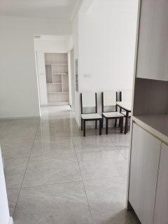 稀缺好房(荊北新區)綠地之窗3室2廳2衛帶家具家電精裝房出售