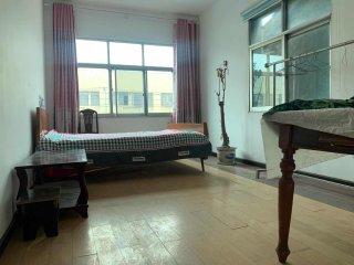 (荆北新区)荆州建材家居大市场2室1卫70m²简单装修