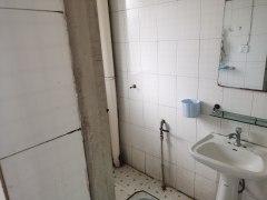 沙市五一路天阳小区3楼1室1厅1厨1卫好房便宜出租
