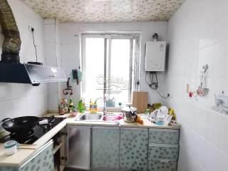 1室1厅1卫55m²精装修