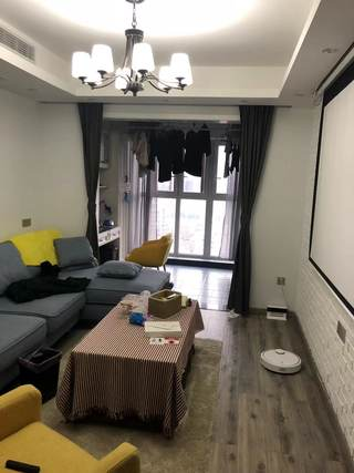 顺驰五期城上城2室2厅1卫82万91.87m²豪华装修出售