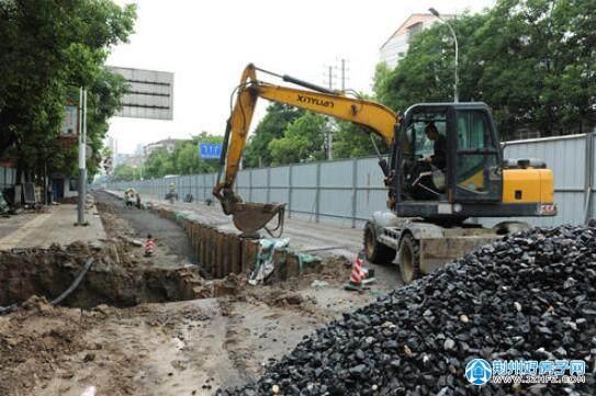 荆州市沙市区红门北路雨污分流改造工程现场