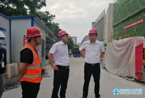 杨冰同志检查指导城区在建项目安全生产工作
