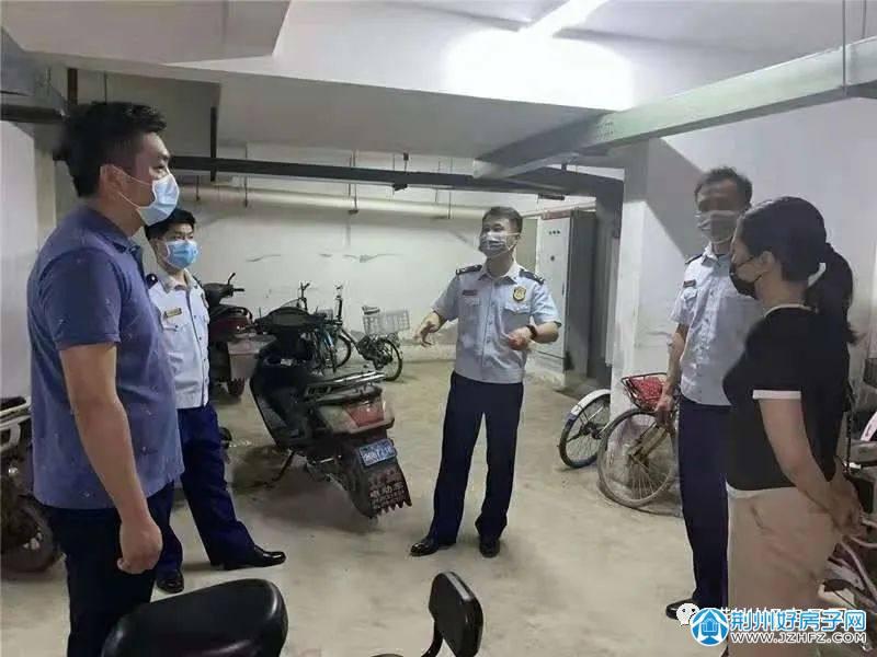 荆州市消防救援支队检查消防隐患