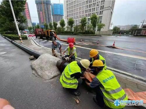 荆州市抗洪防涝工作