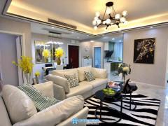 沙北商圈 楚天都市佳园小区 豪装三房两厅两卫好房出售
