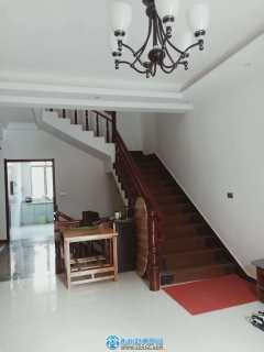 出售其它樓盤3室2廳3衛210平米50萬住宅