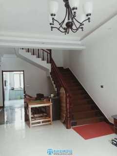 出售其它樓盤2室3廳3衛210平米45萬住宅